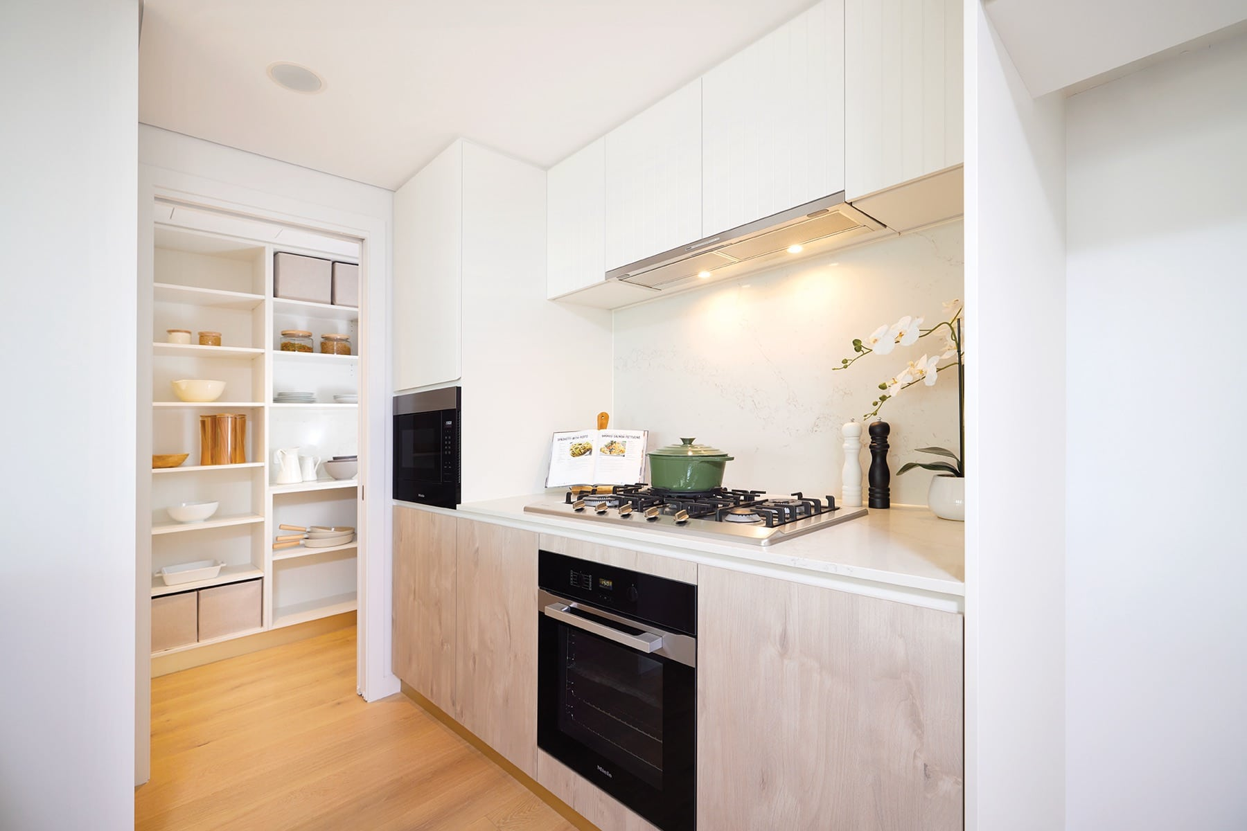 3 Bedroom Kitchen and butlers pantry